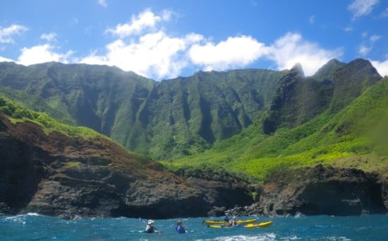 First morning landscape of Na Pali paddling