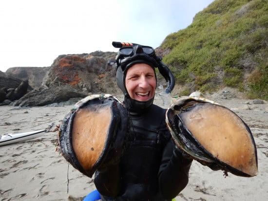 TR Steve El Rey King contributes to the Tsunami larder