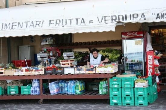 Elba market
