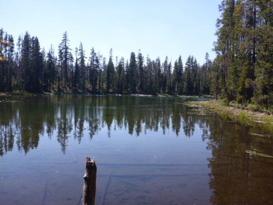 Small natural lake on the way to Fourmile