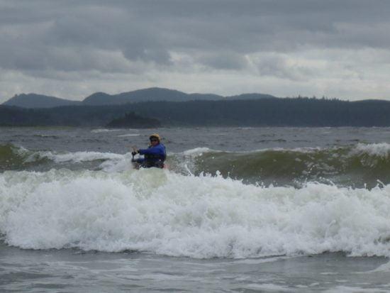 Tsunami Rangert Paula Renouf drops in